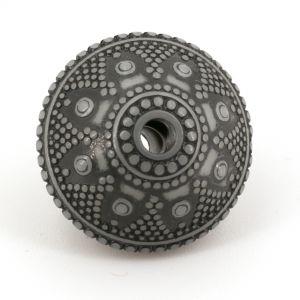 18x13 Ornament Rautenperle in weiß   mit Schwarz