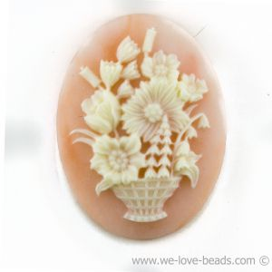 40x30 Camee blumenkorb in altrosa mit elfenbeinfarbigem  Kopf