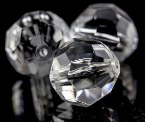 32mm Facettenperle in kristall