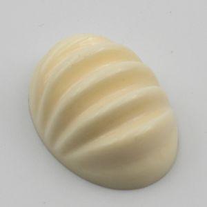 18x13 Cabochon oval Rille in elfenbeinfarben