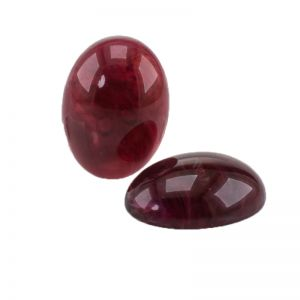 18x13 Cabochon oval in rot