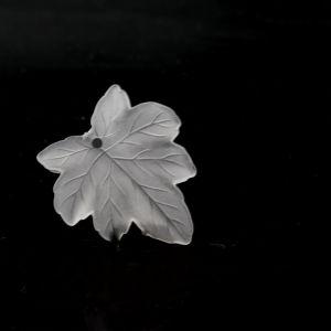 28mm ahorn blatt in kristall  Matt